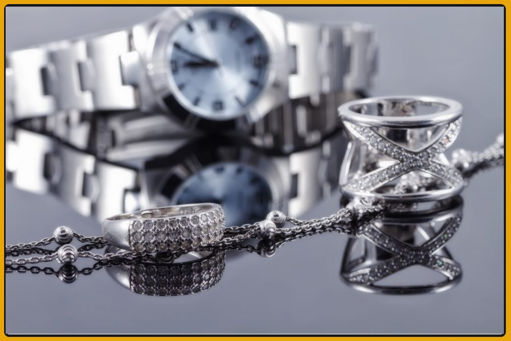 Are watches considered jewellery-min